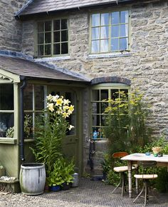 I grew up in an old, old stone house. Can I help it if I think stone houses are classic and beautiful? English Farmhouse, English Country Cottages, Victorian Farmhouse, Farmhouse Style, English Cottage Exterior, Victorian Cottage, English Countryside, Cottage Living, Cozy Cottage