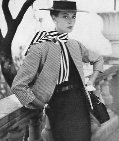 1953. What a classy look.