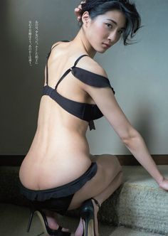 "passion-nippones: ""Asana Mamoru : http://passion-nippones.eklablog.net/gravure-idol-session-weekly-playboy-magazine-2014-n-8-a107952596 """