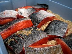 Everything you need to know to make your own delicious, homemade lox and kippered salmon Salmon Lox, Salmon Fillets, Smoked Salmon, King Salmon, Lox Recipe, Fish Chart, Alaskan King Crab, Wild Game Recipes, Seafood