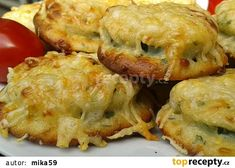 Cuketa v sýrovém těstíčku - pečená v troubě recept - TopRecepty.cz Slovak Recipes, Czech Recipes, Hungarian Recipes, Russian Recipes, Ethnic Recipes, Cookbook Recipes, Wine Recipes, Baked Camembert, Pumpkin Squash