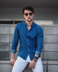 15 Classy & Simple Denim Shirt Outfit for Men in their 20s - TheStyleCity - Men's Fashion & Women's Fashion   Style Guide