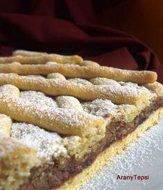 AranyTepsi: Meggylekváros-dióhabos rácsos Hungarian Desserts, Hungarian Recipes, Homemade Sweets, Croatian Recipes, Cake Bars, Sweet And Salty, Winter Food, No Bake Cake, Cake Cookies
