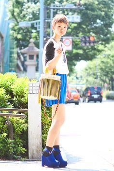 black ankle socks, blue wedge pumps, blue pleated skirt, white black shirt