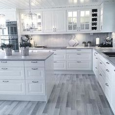White kitchen is never a wrong idea. The elegance of white kitchens can always provide . Elegant White Kitchen Design Ideas for Modern Home Kitchen Room Design, Modern Kitchen Design, Home Decor Kitchen, Interior Design Kitchen, Home Kitchens, Kitchen Ideas, Interior Ideas, Kitchen Corner, White Kitchens Ideas