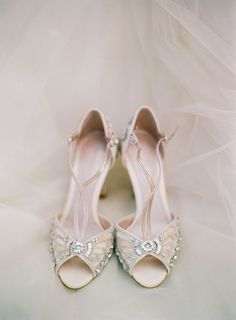 vinatge beaded bridal shoes