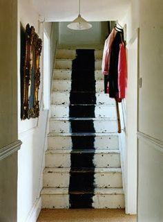 Black stripe + white stairs
