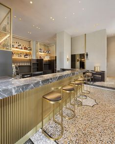 Discover Best Of Milan Italian Interior Design 42 Today let's begin the week with some pictures of an Italian inside which have been released just rec. Italian Interior Design, Bar Interior, Restaurant Interior Design, Restaurant Lighting, Cafe Restaurant, Menu Design, Cafe Design, Modern Home Bar, Italian Cafe