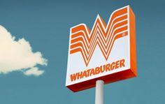 Logo de la Mujer Maravilla en pleito con una cadena de hamburguesas