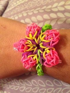 Rainbow Loom Patterns: Hibiscus Flower Rainbow Loom Pattern (youtube tutorial)