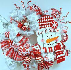 Christmas Wreath Snowman Wreath Christmas by BlackandWhiteCandles
