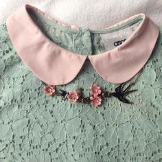 Green lace + pink peter pan collar or vintage Simplicity 9964 Vintage Stil, Mode Vintage, Looks Vintage, Golas Peter Pan, Vintage Outfits, Vintage Fashion, Look Fashion, Womens Fashion, Hijab Fashion