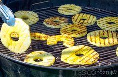 Az ananász szeletekre tegyünk fahéjat és cukrot, majd grillezzük minden oldalát 3 percig. Az ananász gyönyörűen karamellizálódik. Tálaljuk forrón, hideg joghurttal, lime-mal, vaníliával...