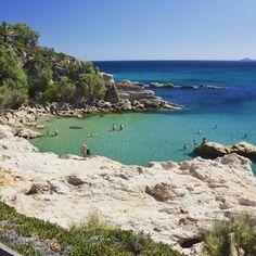 Μικρό Φαναράκι | Λήμνος 📷: Nikos Dimos  Περισσότερη Λήμνος εδώ: instagram.com/limnosfm100 Porches, Greek Islands, Europe, America, Water, Travel, Outdoor, Image, Instagram