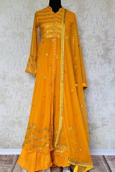 Buy yellow gota patti embroidered suit with dupatta online in USA. Pure Elegance clothing store brings an exquisite range of Indian dresses in USA. Indian Suits, Indian Attire, Indian Dresses, Indian Wear, Gota Patti Suits, Ethnic Fashion, Womens Fashion, Oriental Dress, Embroidery Suits