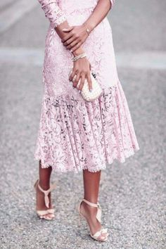 We can't get enough of this oh-so girly pink lace style. Trendy Dresses, Elegant Dresses, Nice Dresses, Casual Dresses, Fashion Dresses, Club Dresses, Pink Wedding Dresses, Luxury Wedding Dress, Wedding Heels