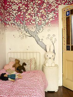 ashlyn gibson's daughter olive's room, painting by Susanna Burton (muralsoncanvas.co.uk), via guardian life&style