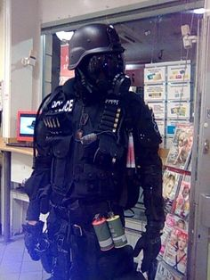 torvenius:    me in SWAT gear
