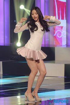 Sexy Asian Girls, Beautiful Asian Girls, South Korean Women, Apink Naeun, Cute Girl Outfits, Stage Outfits, Girl Dancing, Sweet Girls, Asian Woman