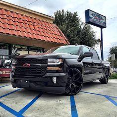 Silverado 2015 Chevy Silverado, Dropped Trucks, Gm Trucks, Chevrolet Trucks, Custom Trucks, Cars Motorcycles, Sick, Baby, Ideas