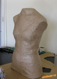 Great tutorial for a DIY paper tape dress form. (Note: I found paper tape at Staples in the packaging section for about nine dollars) Sewing Hacks, Sewing Tutorials, Sewing Crafts, Sewing Projects, Sewing Patterns, Sewing Tips, Sewing Ideas, Learn To Sew, How To Make