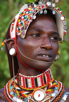 Samburu people of Kenya, Africa. Travel to Kenya with Scenic Treasures DMC. Travel to South Africa with 7th Sense DMC. A member of Gondwana DMCs - your network of boutique Destination Management Companies across the globe - www.gondwana-dmcs.net