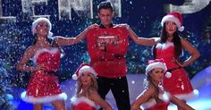 """Jonathan Bennett, the actor who played Aaron Samuels in Mean Girls, paid tribute to his role with a Mean Girls-inspired routine on Monday's episode of Dancing With the Stars. The performance opened with a nod to the iconic """"Jingle Bell Rock"""""""