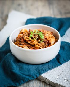 Japchae, Pasta, Ethnic Recipes, Food, Essen, Meals, Yemek, Eten, Pasta Recipes
