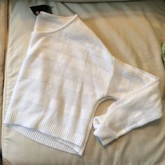 Cropped white sweater SO SOFT! - super comfy, comes right before the belly button. Worn twice LF Sweaters Crew & Scoop Necks