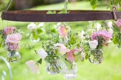 Floral chandelier. Photography by fleurdesucre-phot..., Event Design by lamarieeauxpiedsn...