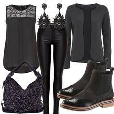 Abend Outfits: Cocktailabend bei FrauenOutfits.de ___ #abendoutfit #besondereranlass #essengehen #restaurant #date #geburtstagsoutfit #party #outfitinspiration #outfit #mode #frauenmode #damenmode #stiefeletten #chelsea #top #schwarz