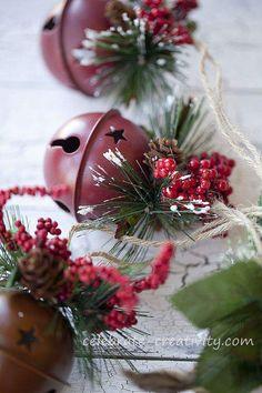 New diy christmas decorations rustic jingle bells 62 ideas Christmas Mood, Christmas Bells, Diy Christmas Ornaments, Diy Christmas Gifts, Rustic Christmas, Christmas Crafts, Christmas Decorations, Christmas Stuff, Clear Ornaments
