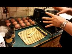 Try Gordon Ramsay Coconut Lemongrass Meatballs. Grilled Burger Recipes, Best Burger Recipe, Ground Sirloin, Ground Beef, Homemade Beef Burgers, Burger Maker, Wine Recipes, Cooking Recipes, Gordon Ramsey