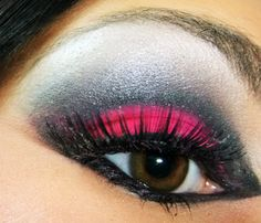 I love this look! I do a version of this often for going out