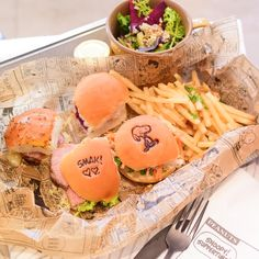 Over 10 Character Cafes in Japan (Tokyo) to visit - Little Miss Bento Go To Japan, Japan Trip, Tokyo Trip, Tokyo Travel, Asia Travel, Snoopy Cafe, Cute Food, Yummy Food, Cafe Japan