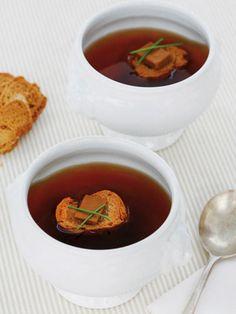 Consomé+de+navidad+con+foie Ethnic Recipes, Skinny, Food, Wedding, Chowders, Snacks, Cooking Recipes, Pound Cake, Christmas Recipes
