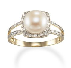Classy Pearl Engagement Rings | Glam Bistro