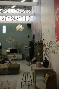 VT Wonen home - Industrial loft   Classic elements