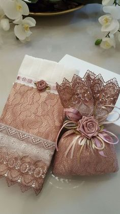 1 million+ Stunning Free Images to Use Anywhere Wedding Favours, Wedding Gifts, Bathroom Crafts, Diy Gifts, Handmade Gifts, Free To Use Images, Decorative Towels, Fabric Journals, Decoupage Vintage