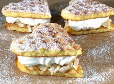 Glutenfria semmelvåfflor Gluten Free Cakes, Gluten Free Baking, Gluten Free Desserts, Gluten Free Recipes, Baking Recipes, Healthy Breakfast Snacks, Crepes And Waffles, Food Porn, Scandinavian Food