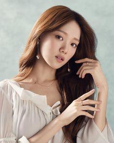 Lee sung kyung 2017 Korean Beauty, Asian Beauty, Lee Sung Kyung Photoshoot, Cl Fashion, Weightlifting Fairy Kim Bok Joo, Korean Actresses, Korean Celebrities, Celebs, Shows