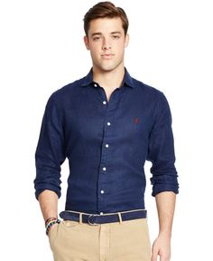 There are many brands that sell cool linen shirts but if you want to grab the best then here are Best Linen Shirts Men's collection that you need to check out. Summer Fashion Outfits, Suit Fashion, Camisa Polo Ralph Lauren, Ralph Lauren Mens Shirts, Outfit Hombre Casual, Stylish Men, Men Casual, Formal Dresses For Men, Look Formal