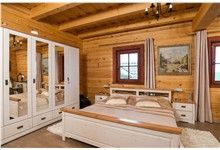 Interiér domu, dřevostavba Hlubočky u Olomouce Decor, Alcove Bathtub, Corner Bathtub, Furniture, Cabin Bathrooms, Log Cabin, Cabin, Home Decor, Bathroom