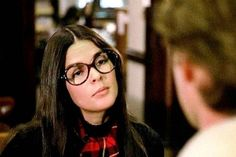 Gorgeous glasses Jennifer - love-story-the-movie Screencap Ali Macgraw Love Story, The Cooler Movie, Love Story Movie, Cool Glasses, Jennifer Love, Look Alike, Style Icons, Glamour, Actresses