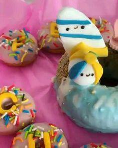 Food Cravings, Doughnuts, Fudge, Breakfast, Desserts, Surfing, Cupcakes, Kawaii, Foods