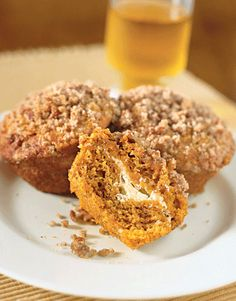 Pumpkin and Cream Cheese Muffins From Country Living This recipe is a specialty of Second Creek Farm Bed and Breakfast in Owensville, Mo., along the Missouri Wine Trail. Pumpkin Dishes, Savory Pumpkin Recipes, Pumpkin Dessert, Pumpkin Cheesecake, Fall Dessert Recipes, Brunch Recipes, Fall Recipes, Brunch Menu, Fall Desserts
