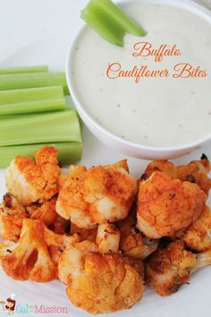 A healthy version of the popular game day recipe: buffalo cauliflowers bites! A healthy alternative to the tradition buffalo wings or buffalo chicken dip.