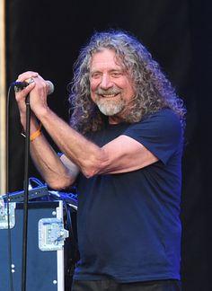Robert Plant Photos - 2015 Bonnaroo Music & Arts Festival - Day 4 - Zimbio