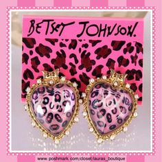 """Betsey Johnson Pink Leopard Heart Earrings LAST ONEHPNWT Betsey Johnson gold pink leopard heart earrings will be a stunning addition to your Betsey jewelry wardrobe!    *Approximately 1"""" long *Matching necklace available to purchase & bundle! *Bundle Discounts, Smoke-Free, No Trades Betsey Johnson Jewelry Earrings"""