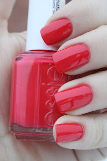 Time for another bright polish, and that is from Essies spring collection Navigate her and called Olé caliente. Olé caliente is a bright c. Cute Pink Nails, Coral Nails, Pink Nail Designs, Nail Designs Spring, Essie Polish, All Things Beauty, Spring Nails, Toe Nails, Hair And Nails